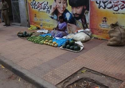 Karnátaka, Bengalúru, zöldségárus