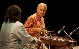 Pt Satish Vyas szantúrművész koncertjei Magyarországon